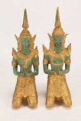 To tempelfigurer af forgyldt og patineret metal, 20. årh.(