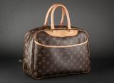 Louis Vuitton. Håndtaske model Trouville. Monogram canvas.
