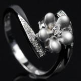 Cross over blomster ring fra Heartbeats.