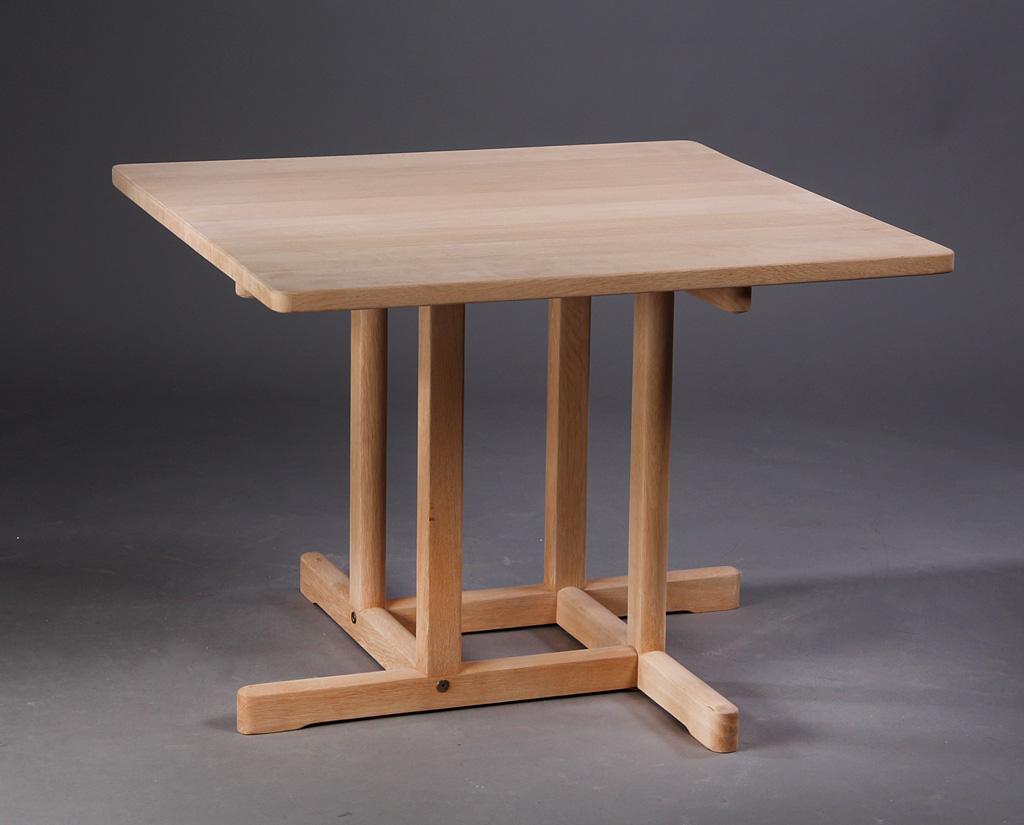 Auktionstipset - Børge Mogensen, kvadratisk spisebord af massivt ...