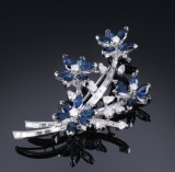 Brooch, with sapphires and diamonds, total approx. 4.40 ct. 20th century-second half