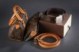 Louis Vuitton. Bælte, kosmetikpung, håndtaske og skulderrem (4)
