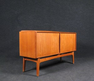 m bel teak sideboard mit spiegel der 1960 70er jahre von k knudsen 2 de. Black Bedroom Furniture Sets. Home Design Ideas