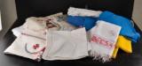 Textilvänader, dukar och flaggor.