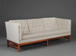 erik j rgensen tre pers sofa model ej 315 af kirseb r. Black Bedroom Furniture Sets. Home Design Ideas