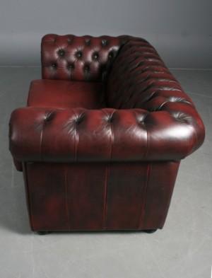 Chesterfield möbel  Möbel Art: Par Chesterfield Sofaer 2- og 3 pers. i bordeaux læder ...