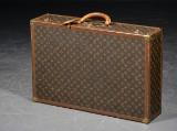 Louis Vuitton. Suitcase, model Bisten 80
