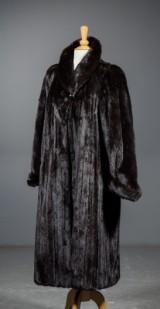 Fur by Saga Mink, design Levinsky Copenhagen, size 40.