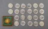 Danmark. 22 stk. 10 kroner sølv jubilæumsmønter 1972 og medalje fra Norge