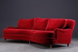 rød sofa R.O.O.M Sofa i rød velour. | Lauritz.com rød sofa