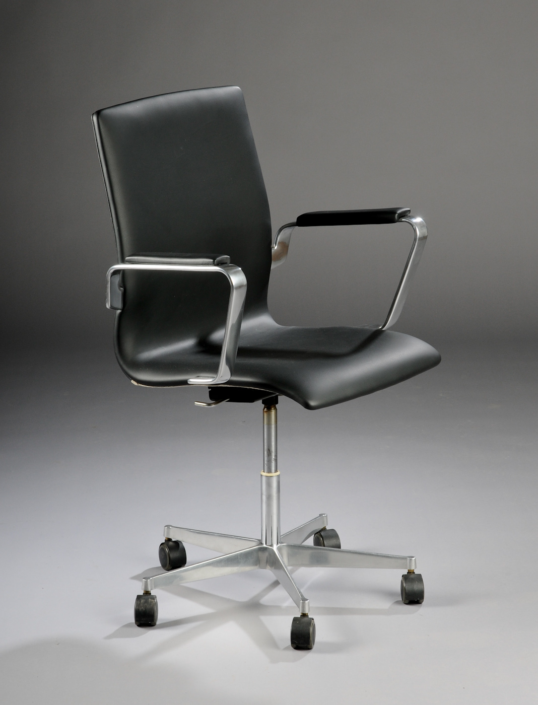 Arne Jacobsen 1902 1971 Oxford stol, model 3271 |