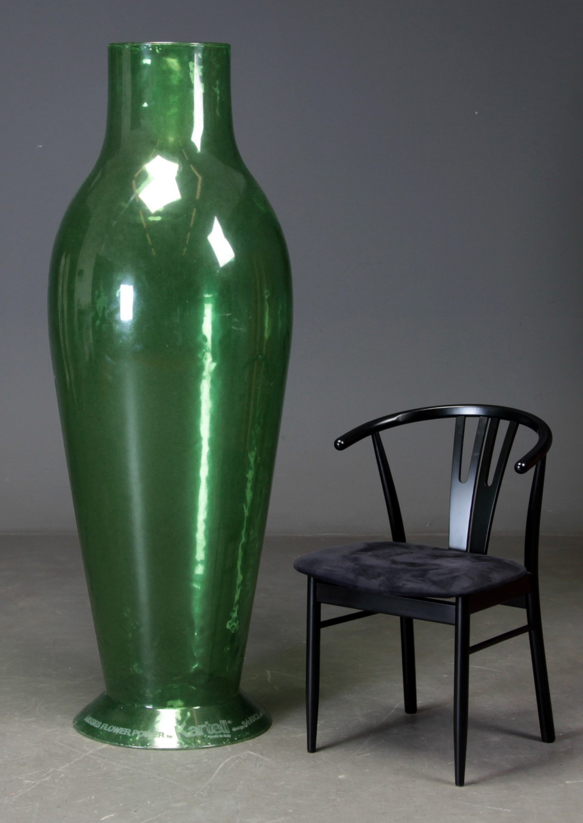 Philippe Starck For Kartell. Miss Flower Power Oversize Vase Click Here To  See A Larger Picture