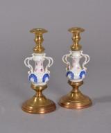 Par stager, messing / porcelæn, 1900-tallets første halvdel (2)