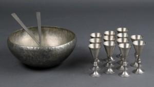 Norsk tin, salatsæt samt snapseglas (15) | Lauritz.com