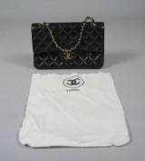 Chanel taske + dustbag (2)