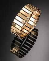 Armring af 14 kt. guld, ca. 61 g.
