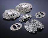 Just Andersen m.fl. Tre bæltespænder og et par skospænder af sølv (5)