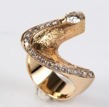 Per Borup Design: Diamond ring, 14 kt gold, approx. 1.00 ct.