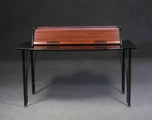 m bel ligne roset schreibtisch aus der. Black Bedroom Furniture Sets. Home Design Ideas