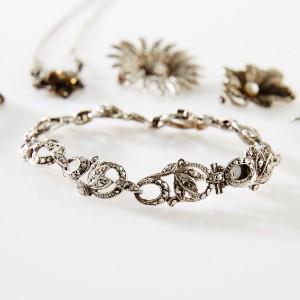 Broscher rh ngen armband silver och markasiter for California form 3588