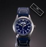 IWC 'Fliegeruhr ULC'. Men's watch, platinum, with blue dial, certificate 2002