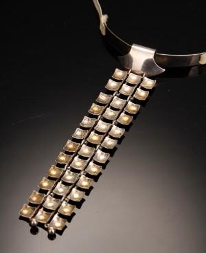 acc98b93894 Slutpris för N.E From halssmykke slips, filigranbroche