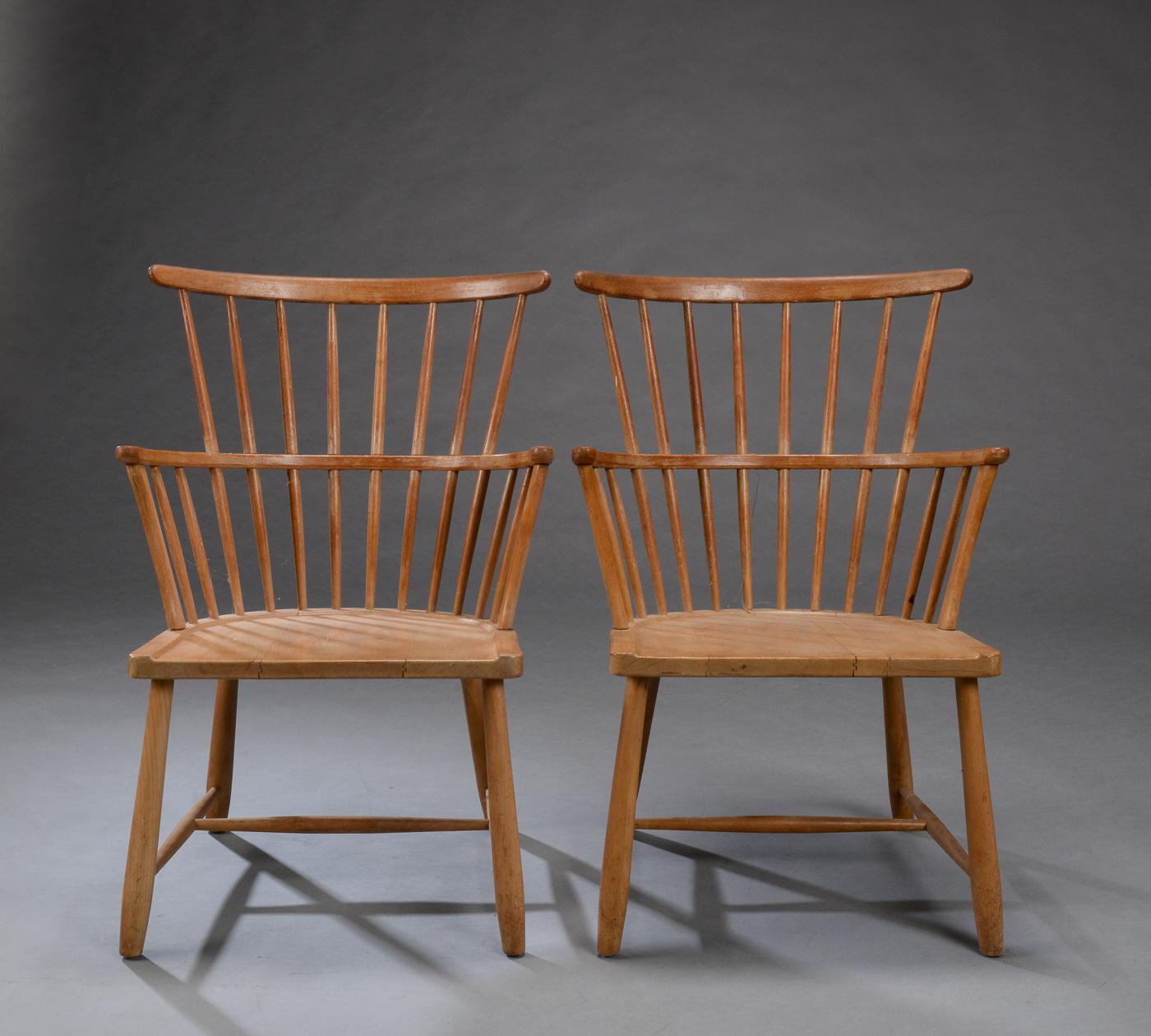 Ove Boldt. Par Windsor stole af bøgetræ, model 1638 (2