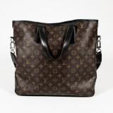 Louis Vuitton, väska i Monogram Canvas