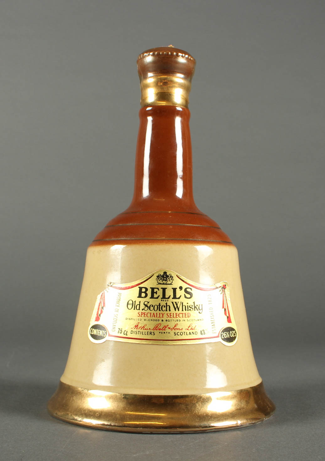 1 fl. Bells Whisky Specially Selected Decanter - 1 fl. Bells Whisky Specially Selected Decanter