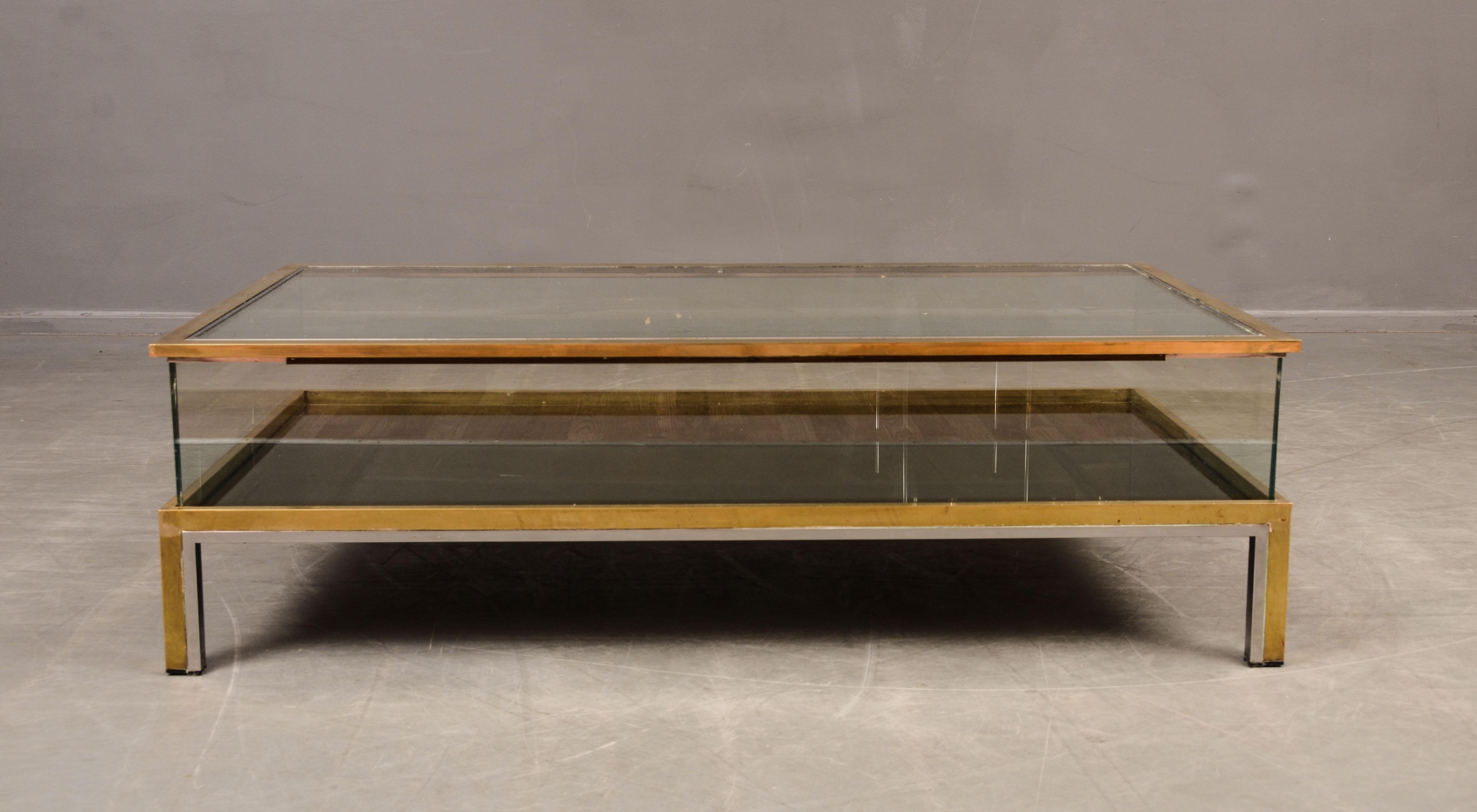 Kända Auktionstipset - Romeo Rega soffbord, Italienskt i glas, metall OG-75