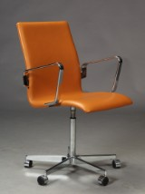 Arne Jacobsen. Oxford office chair, cognac-coloured leather