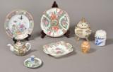 Samling porcelæn og fajance, overvejende kinesisk. 20. årh. (8)