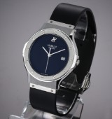 Hublot 'Classic'. Men's watch, steel with black dial, with date