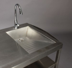 Udendørs køkken med gasblus og vask   Lauritz.com