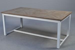 rustikt spisebord Slutpris för Rustikt spisebord af træ rustikt spisebord