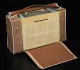 Radio samt resegrammfon, 1900-talets mitt (2)