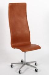 Arne Jacobsen. Oxford kontorstol med høj ryg.