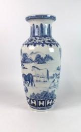 Chinesische Vase im Stil der Qing-Dynastie