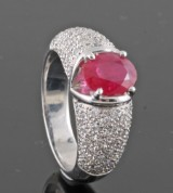 Diamond and ruby ring in 18kt approx. 1.20ct by Kapriss jewelery