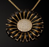 Georg Jensen. Marguerite diamond brooch/pendant, gold