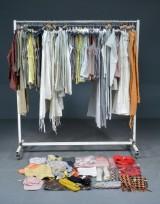 Earth Collection, ca. 200 dele damebeklædning og accessories (200)