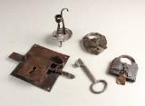 Barok lås, klemmestage samt hængelåse, 17/1800-tallet