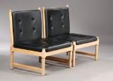 Børge Mogensen. A pair of lounge chairs, beech, leather, model 4290, Fritz Hansen (2)