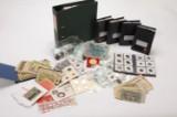Samling mønter og sedler m.m. fra Danmark og udland.
