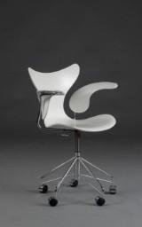 Arne Jacobsen. Office chair, The Seagull, model 3208