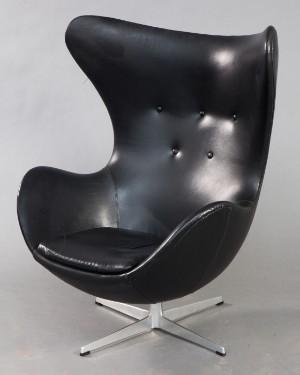 vara 4211015 arne jacobsen sessel 39 das ei modell 3316 f r fritz hansen. Black Bedroom Furniture Sets. Home Design Ideas