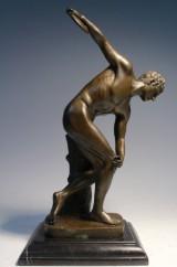 Bronzefigur des Diskuswerfer