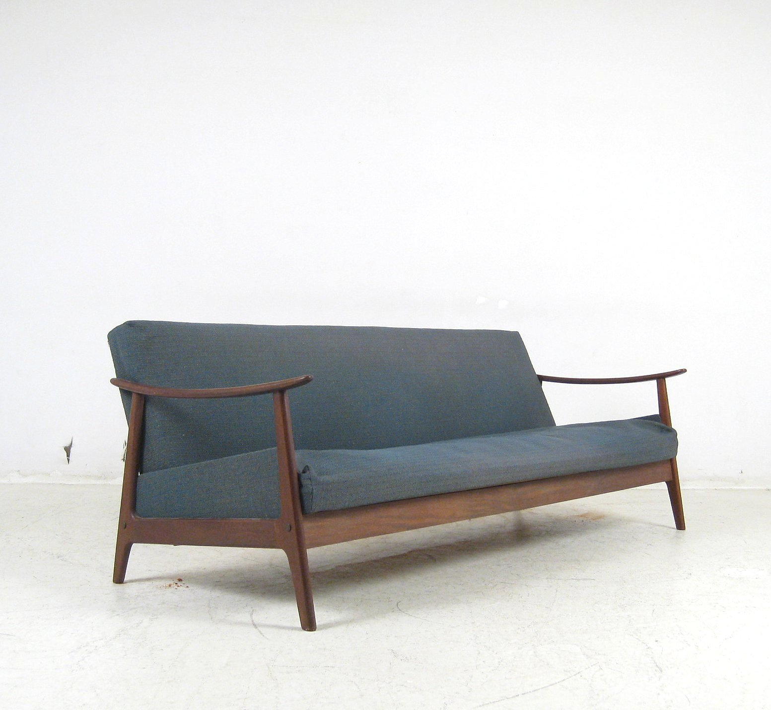 Auktionstipset for Sofa 60iger jahre