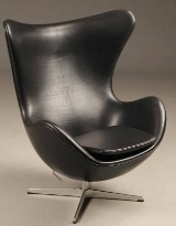 Arne Jacobsen: Lounge chair with tilt function and return mechanism, The Egg - Elegance leather. Brown Label, from 2016