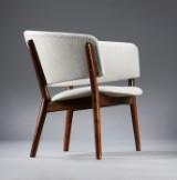 Nanna Ditzel. Lænestol med stel af mørk bøg, model ND83